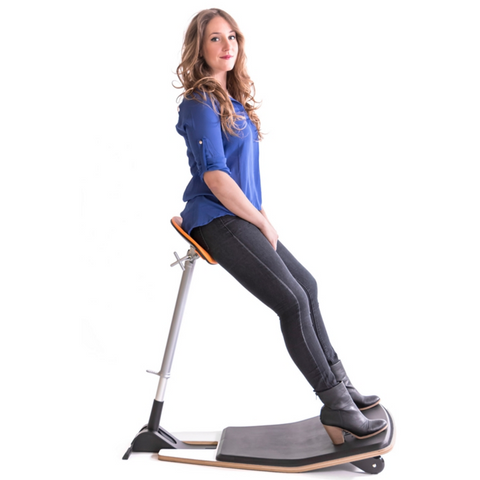 Focal Upright Locus Seat with Anti Fatigue Mat