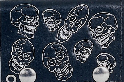 "Multi-Skull Leather Tri-Fold 4"" Leather Wallet with Chain"