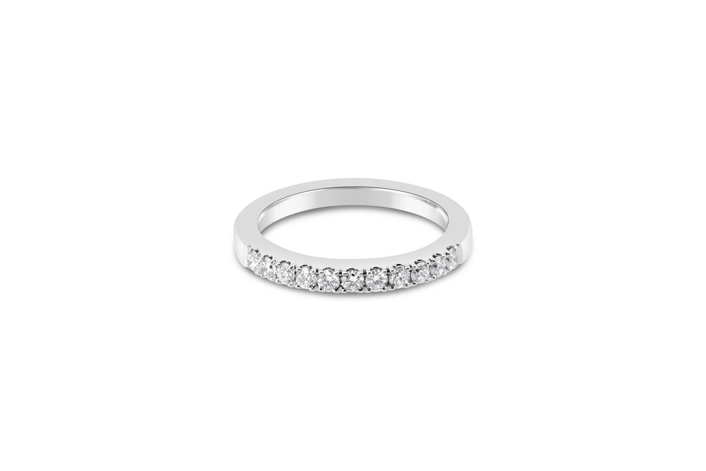 18 carat White Gold Diamond Band