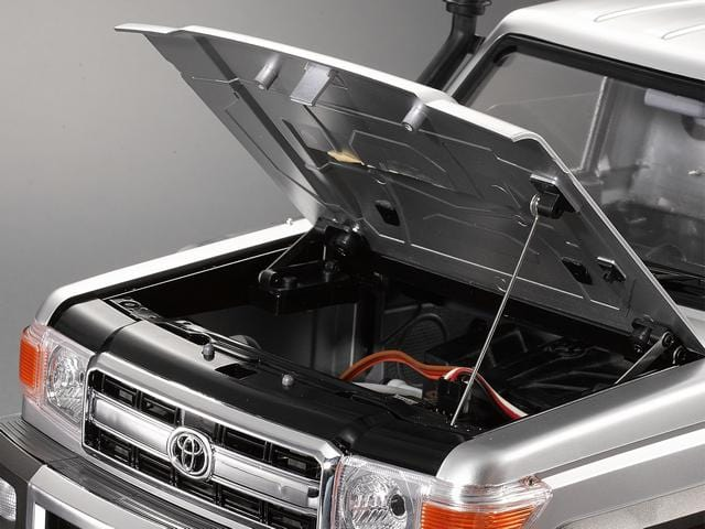 Movable Hood Fit for #48601 1/10 Toyota Land Cruiser 70 Hard Body