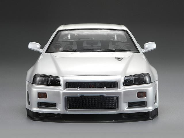 Killerbody 1/10 48644 NISSAN SKYLINE (BNR34)  Finished Body Pearl-white(Pre order)