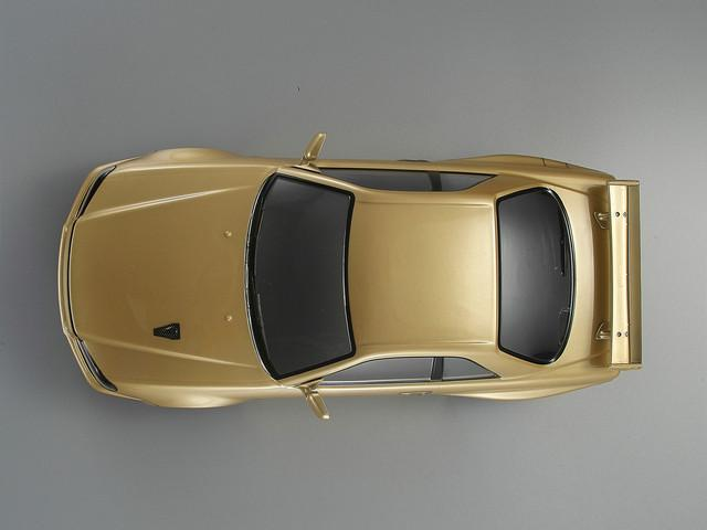 Killerbody 1/10 48645 NISSAN SKYLINE (BNR34)  Finished Body Champagne-gold