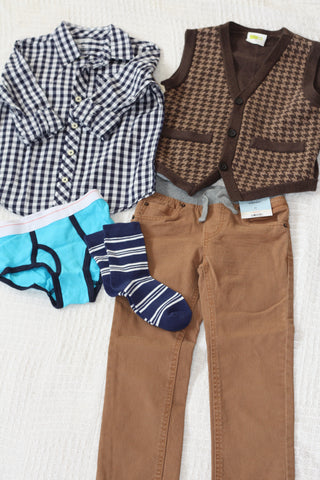 Size 5T boys outfit #1.  Fall/winter