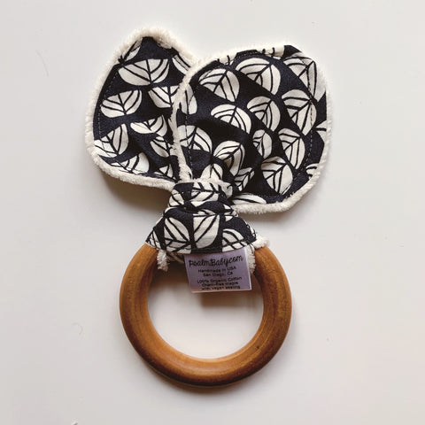 Baby Teething Ring Tutorial - D.I.Y. Baby Shower Gift