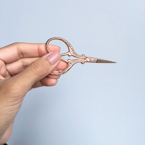 Antique Style Embroidery Scissors - Stainless Steel - 3.7 Inches - Vintage Style Rose Gold