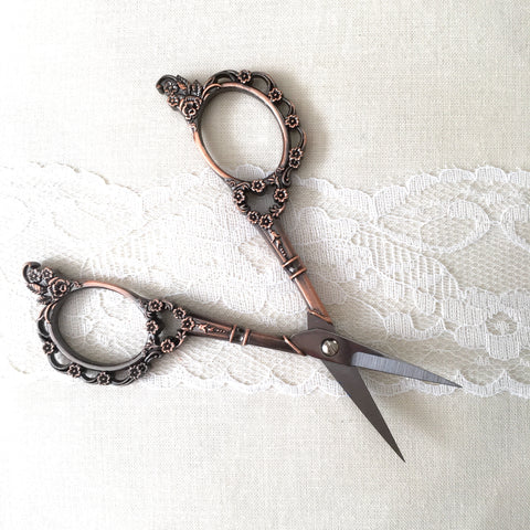 Flora Antiqued Embroidery Scissors - Bronze Plated - 4.5 Inches - Vintage Rose Colored