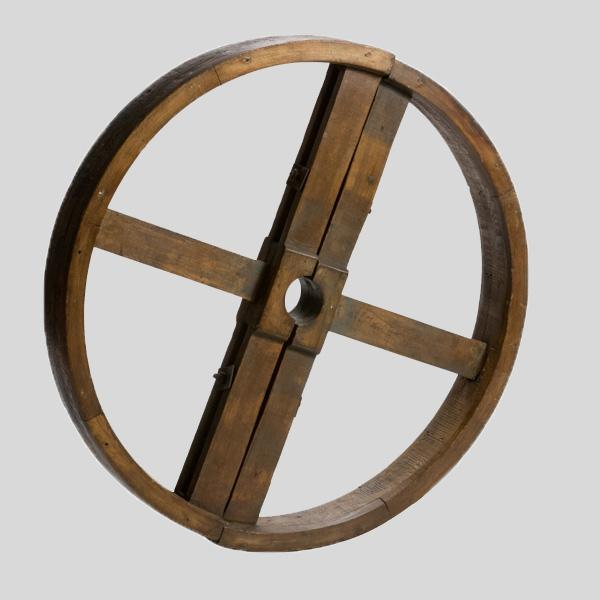 Lee Stanton Antiques Wheel in Wood