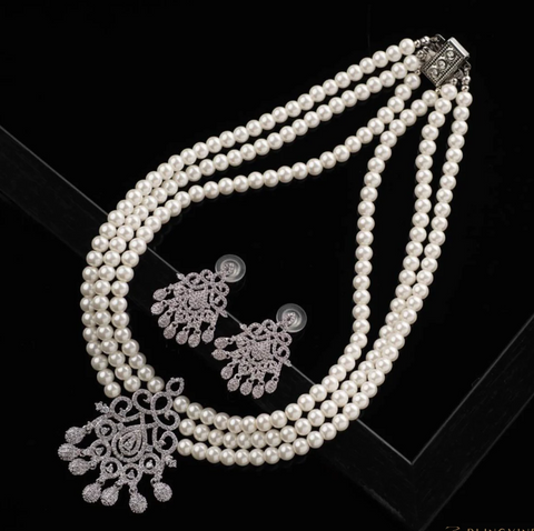 Moonlit white pearl luxury necklace set