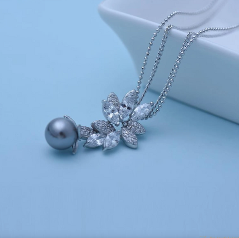 Posh Grey Pearl Necklace