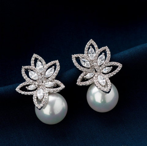 Starlit Pearl Stud Earrings