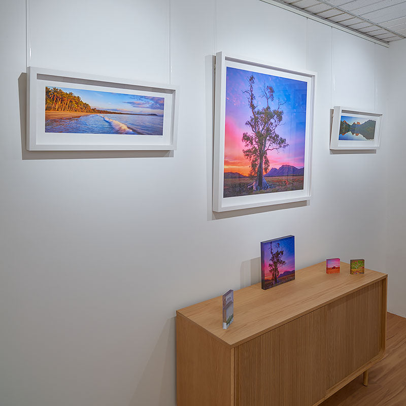 Scott Leggo Gallery in Canberra featuring wall art and gifts