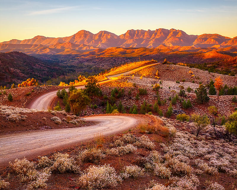 Razorback Ridge - Flinders Ranges photo by Scott Leggo