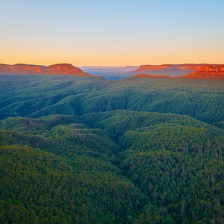 Sunrise over the Blue Mountains