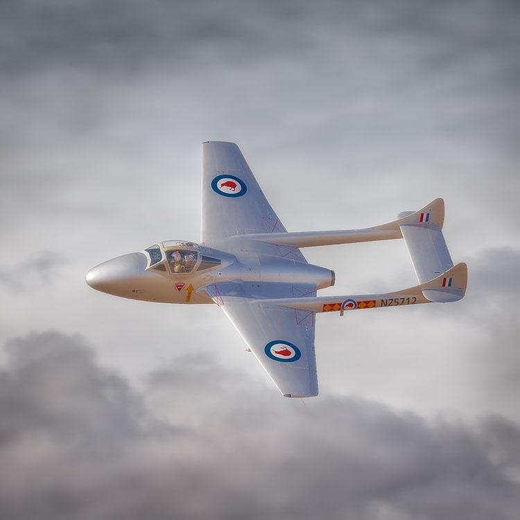 nto The Sun - De Havilland Vampire