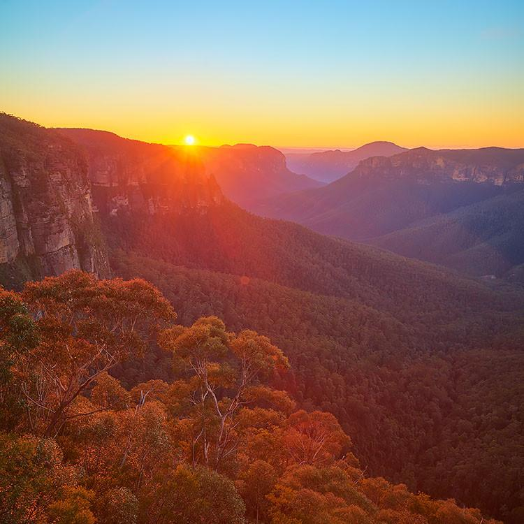 Sunrise over Grose Valley, Blue Mountains National Park