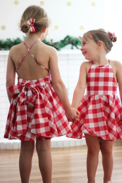 Gingham Christmas dress SIZE 7
