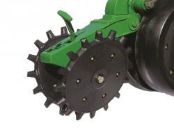6200-005 Yetter Twister Poly Spike Closing Wheel Complete