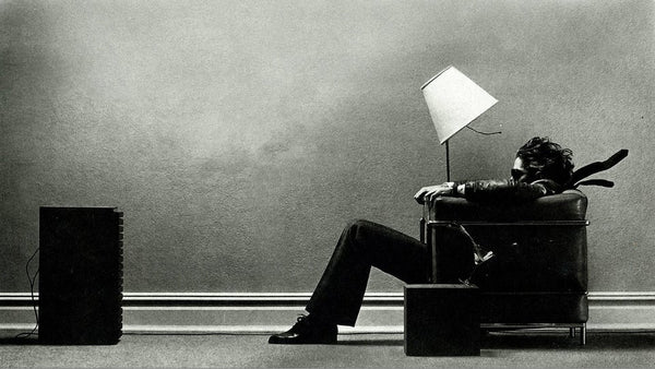 Get blown away by these Maxell cassette tape ads.