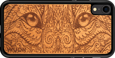 laser engraved cat-eyes wooden phone case