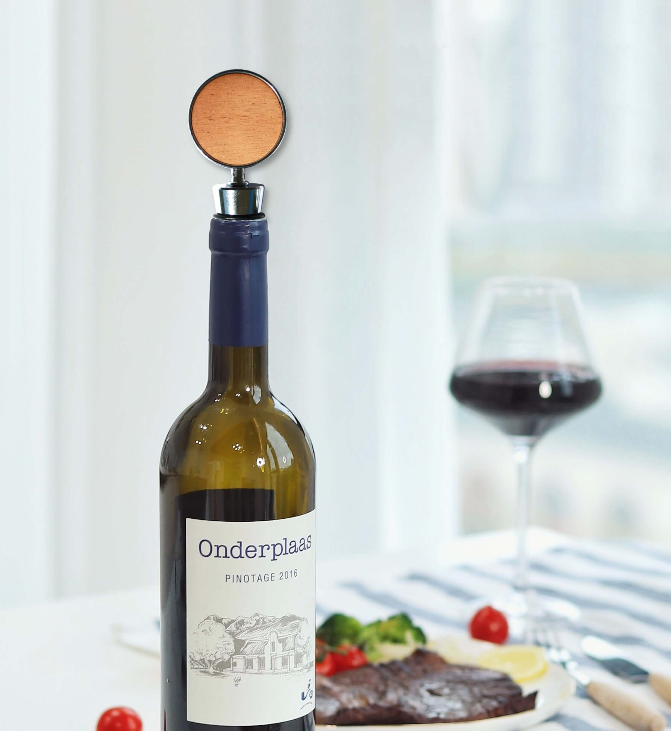 Customizable Wine Bottle Stopper (Circle)