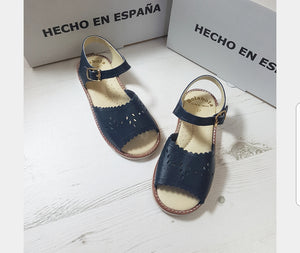 spanish grls sandals, retro sandals, kids sandals, navy sandals, red sandals