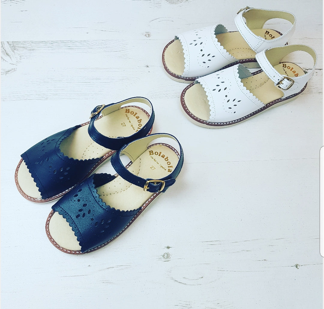 spanish girls sandals, retro sandals, kids sandals, white sandals, red sandals