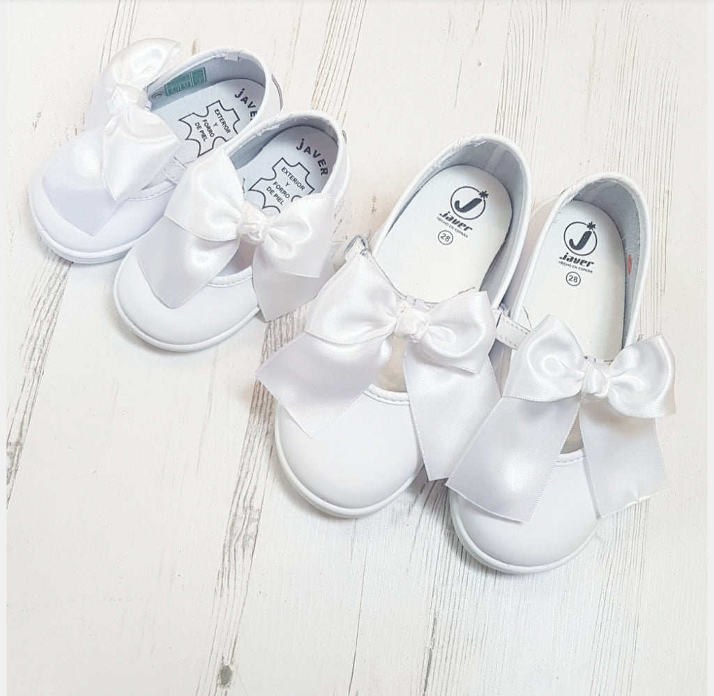 Jessi Bow Shoes Girls White