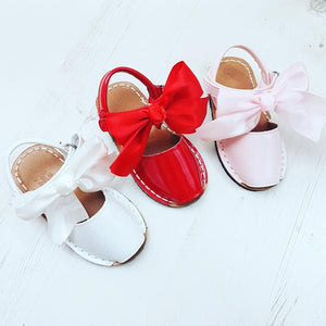 girls bow sandals, pink sandals, red sandals, spanish kids sandals
