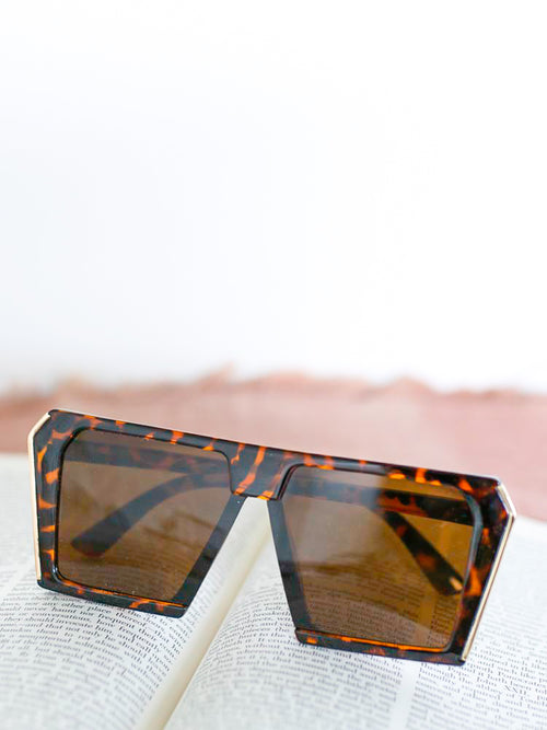 Tortoise Shell Oversized Retro Sunglasses