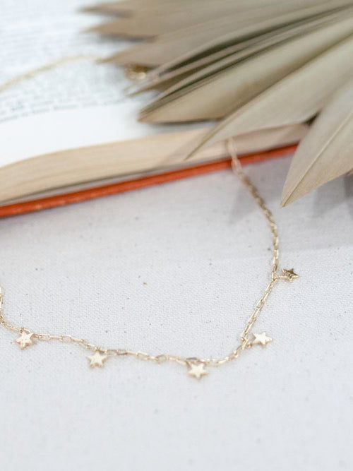 Dainty Chain Link Star Necklace