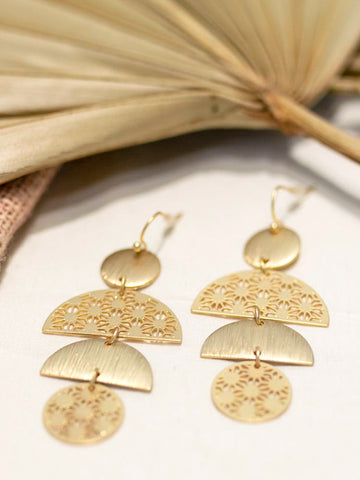 Matte Hammered Gold Tiered Circle Earrings