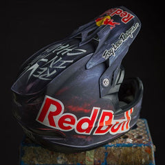 Troy Lee Designs – Design Painting – Custom Painting of Motorcycle Helmets Peek Look 2016 (TLD)