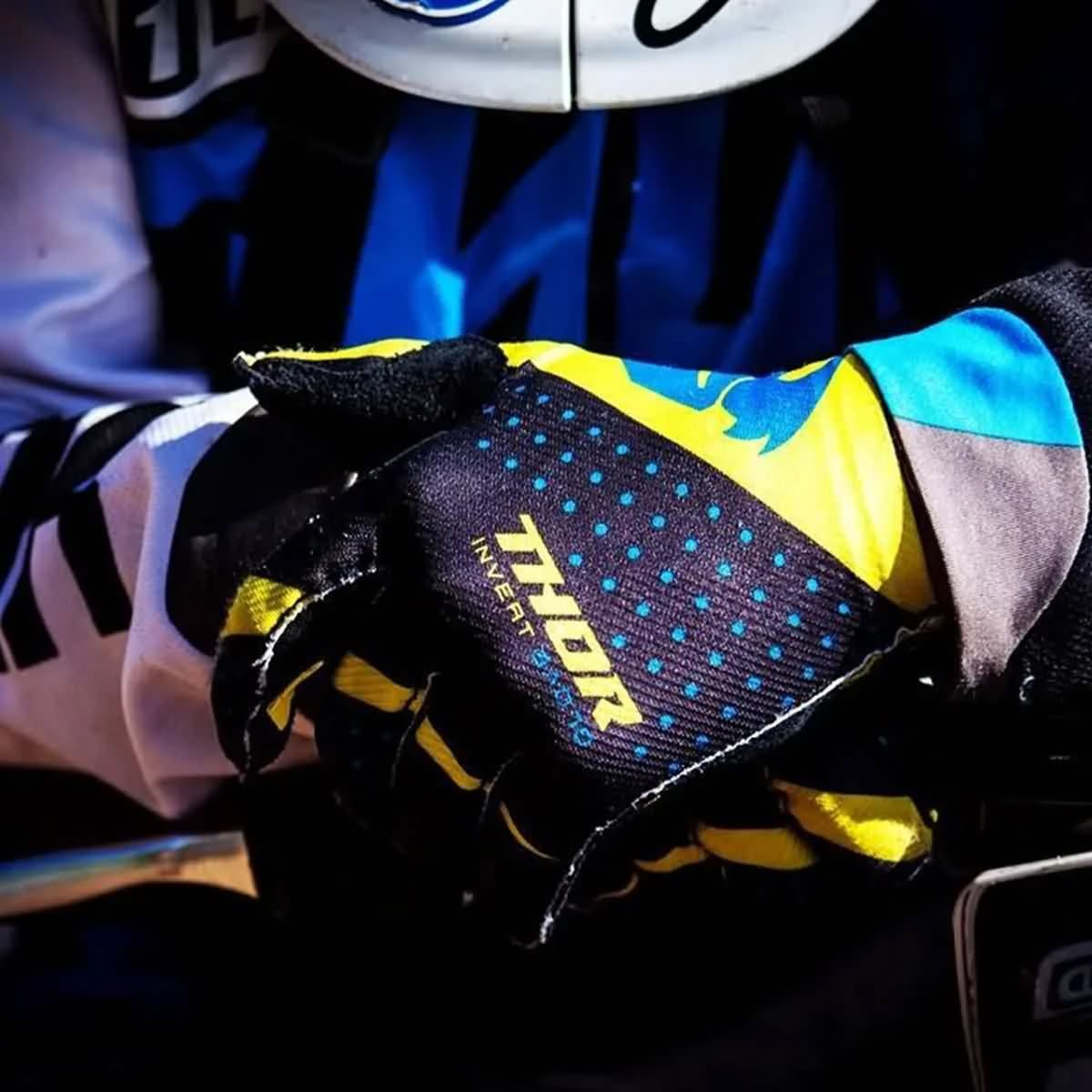 Offroad Gloves Collection