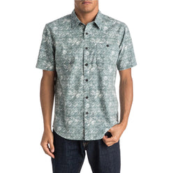 Quiksilver Mundaka Men's Button Up Short-Sleeve Shirts (USED LIKE NEW / LAST CALL SALE)