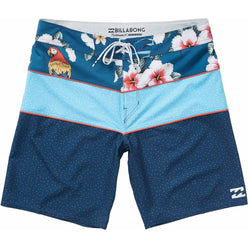 Billabong Tribong X Holidaze Men's Boardshort Shorts (BRAND NEW)