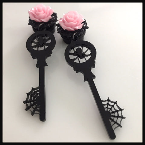 Spider Rose Key