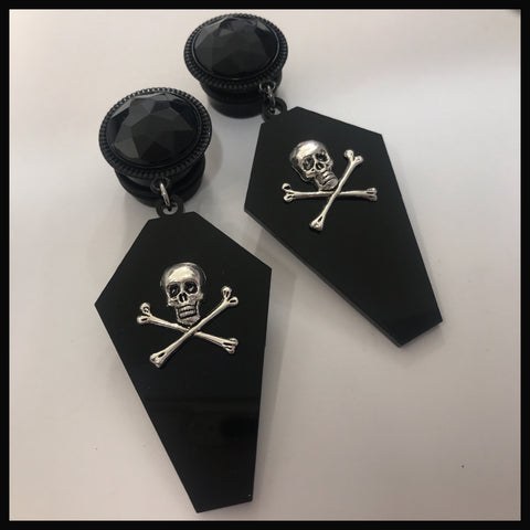 Skull and crossbones Coffin