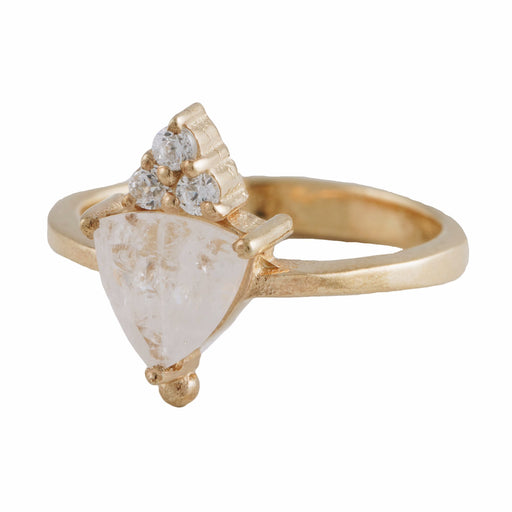 VALENTINA - Ring with Moonstone