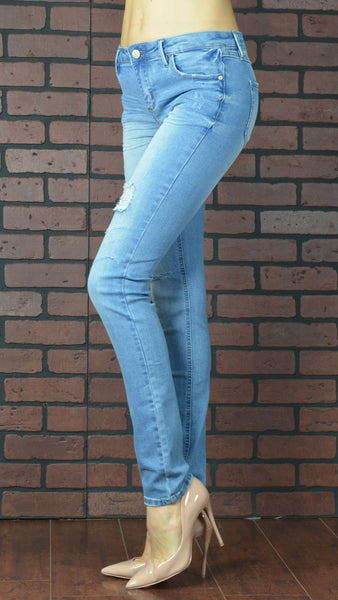 skinny light blue jeans side view