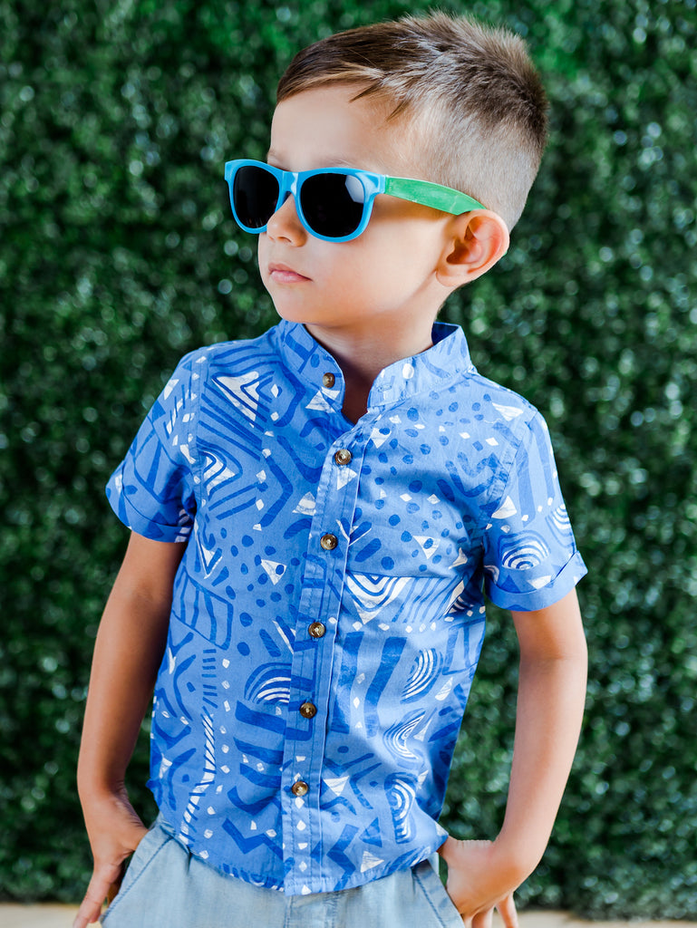 Kinderkind 2T 3T 4T 5T 6 7 kids apparel Baby clothes Children's clothing  Kids Fashion Kids clothing  toddler clothes machine washable  Playwear  Boys clothing  Boys Printed Collarless Button Up Shirt Geo-print short sleeve collar-less button up with rolled up sleeve Machine washable 100% cotton poplin