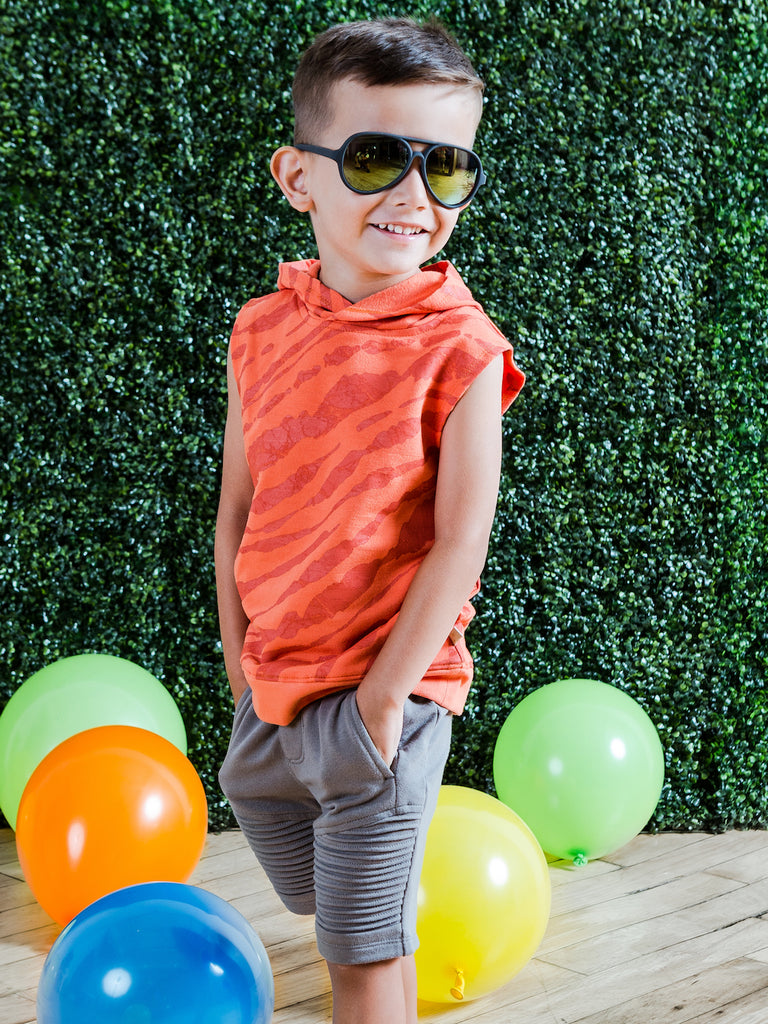 Kinderkind 2T 3T 4T 5T 6 7 kids apparel Baby clothes Children's clothing  Kids Fashion Kids clothing  toddler clothes machine washable  Playwear  Boys clothing  Boys Sleeveless Hoodie with Pull-on Knit Shorts Set Sleeveless pull on hoodie with tonal zebra print Curved side pockets  Pull on elastic waistband shorts Front slant pockets Machine washable 95% cotton 5% spandex french terry