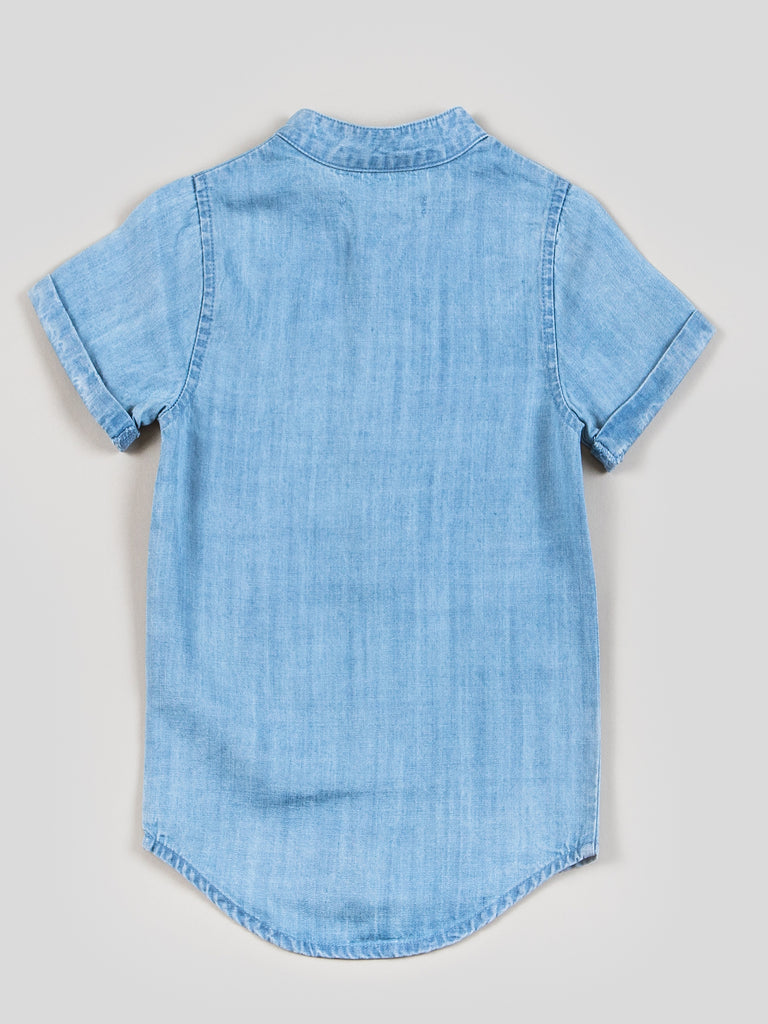 Kinderkind 2T 3T 4T 5T 6 7 kids apparel Baby clothes Children's clothing  Kids Fashion Kids clothing  toddler clothes machine washable  Playwear  Boys clothing  Boys Chambray Button Up Shirt  Short sleeve collar-less button up with rolled up sleeve Imported Machine washable 100% tencel chambray