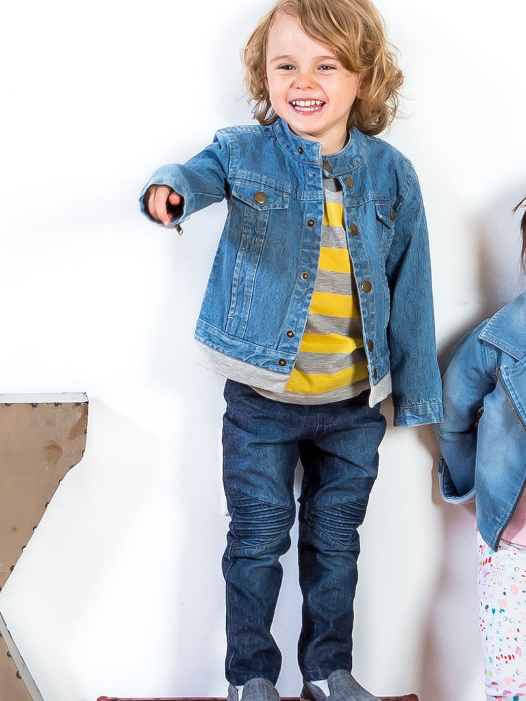 Kinderkind 2T 3T 4T 5T 6 7 kids apparel Baby clothes Children's clothing  Kids Fashion Kids clothing  toddler clothes machine washable  Playwear  Boys clothing  Boys Dark Blue Jeans Pull-on denim moto jeans with elastic waist and knee tuck details  Back patch pockets Machine washable 100% cotton denim