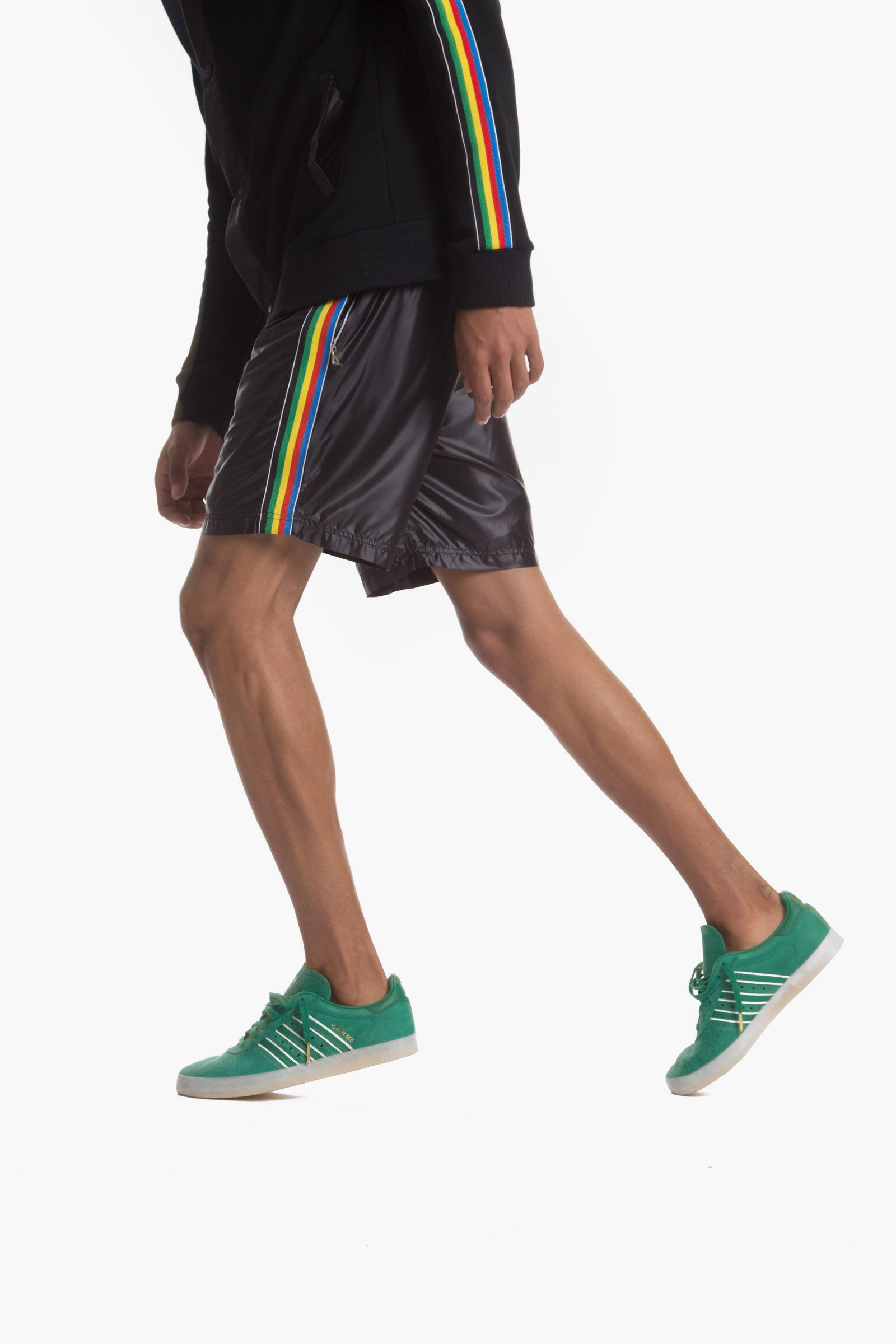 HANDBALL SHORT (BLACK)