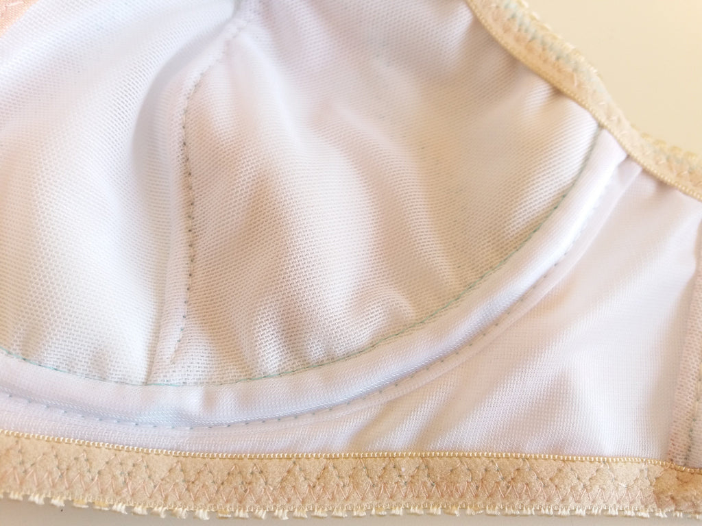 Como encobrir costuras sem fita de aro / How to cover a cup seam without using channeling