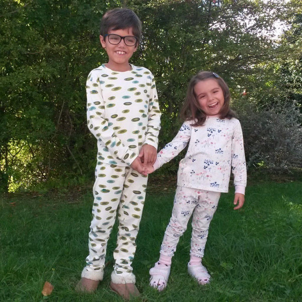 Bundle PJs + Dressing Gown Girls (English)