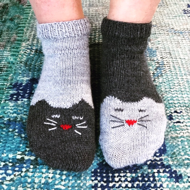 Kitty Ankle Socks : Super cute in Yin and Yang Style