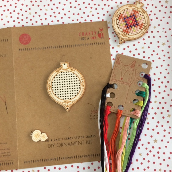 Plywood Christmas Bauble Kit