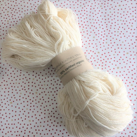 WOOLganic Yarns : Dyer's Hanks