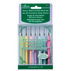 Clover Amour Crochet Hook Set